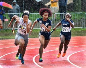 track ladies pic